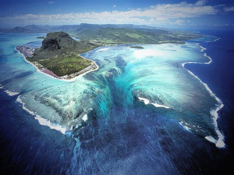 fotodia-ilhasmauricio-150414