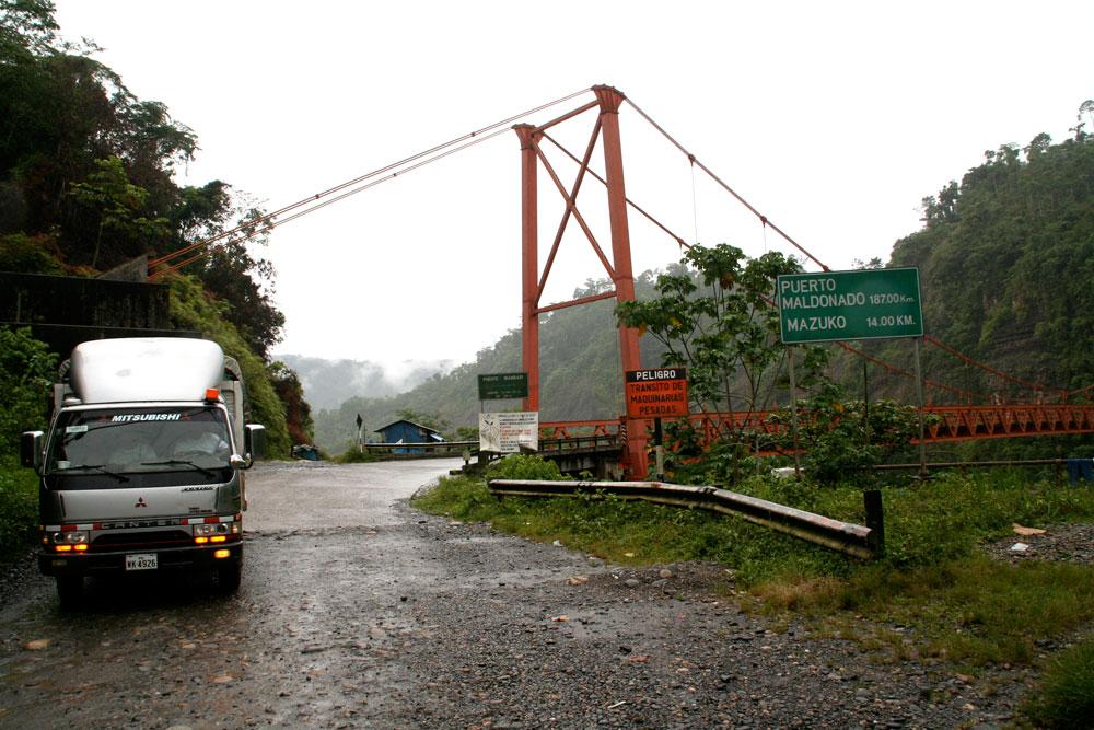 Inambari-bridge