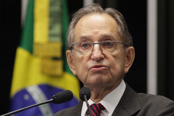 13-09-13-Senador-Ruben-Figueiro-plenario-8-1.jpgINTR