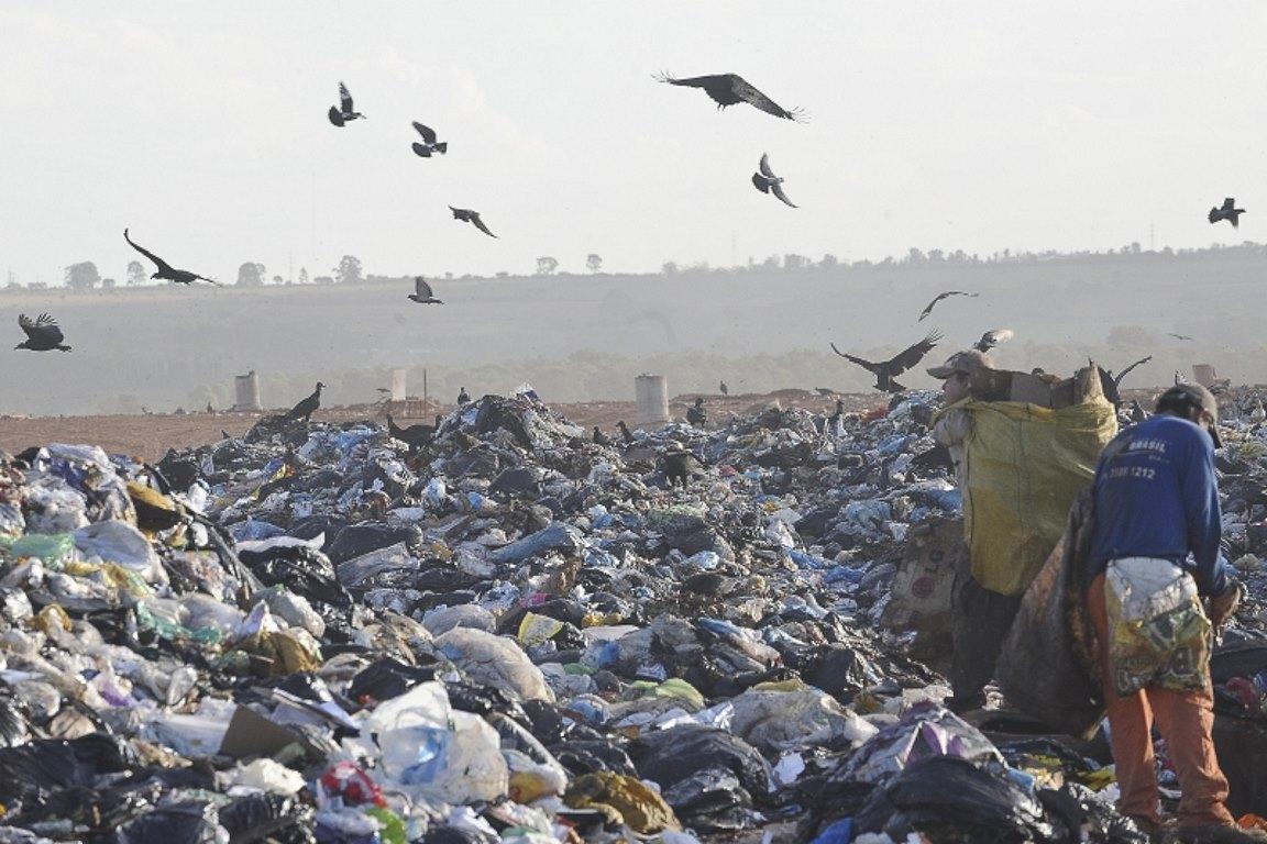 Lixo urbano, desafios e tecnologias
