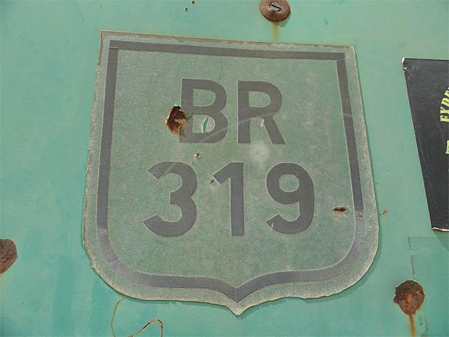 BR-319, se reaberta pode representar caminho livre para desmatamentos na área mais preservada da Amazônia brasileira. (Daniel Pena)