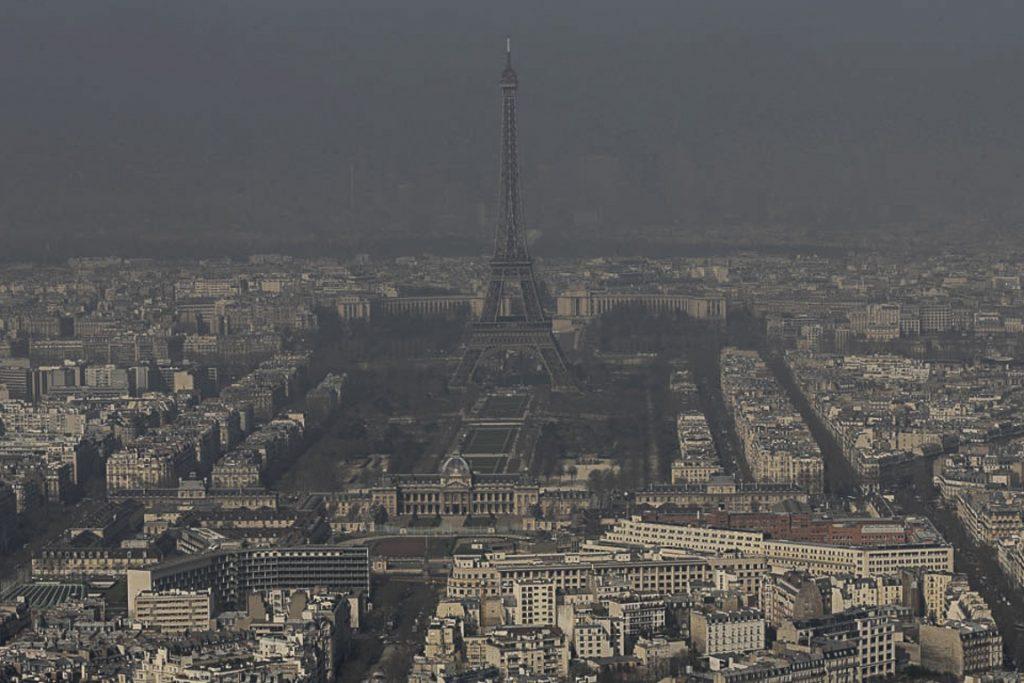 Os céus poluídos de Paris. Foto: ©Reuters