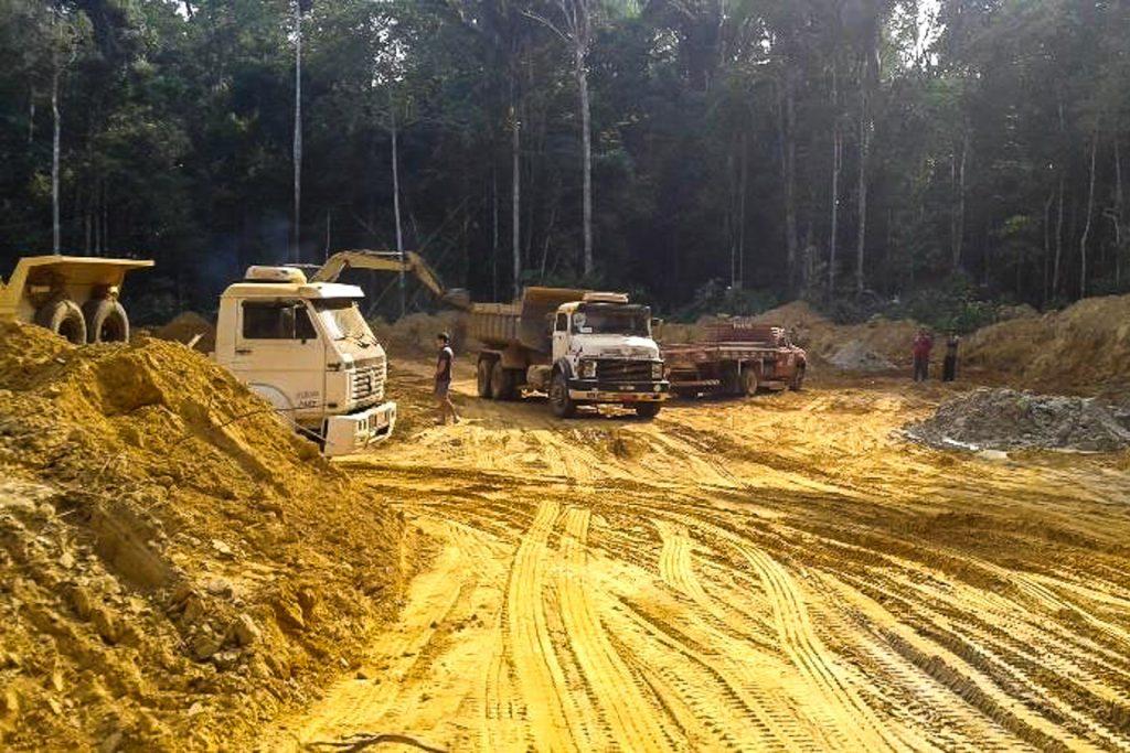A construção da BR-319. Foto: IBAMA
