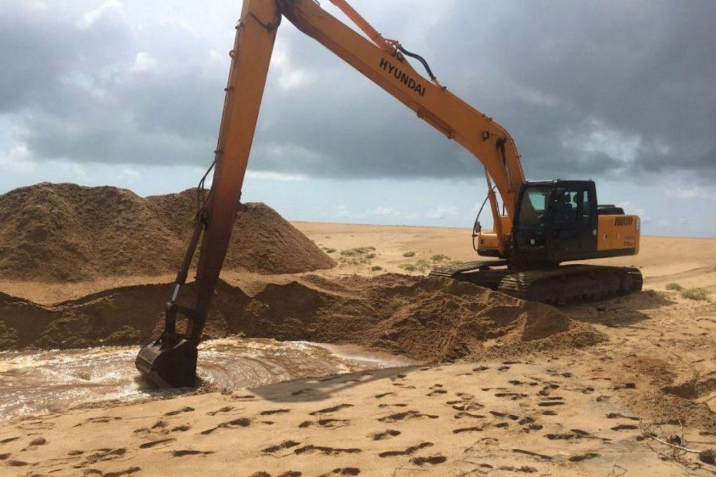 Obra para reduzir impactos do rompimento da barragem em Mariana (MG). Foto: Divulgação/prefeitura de Linhares.