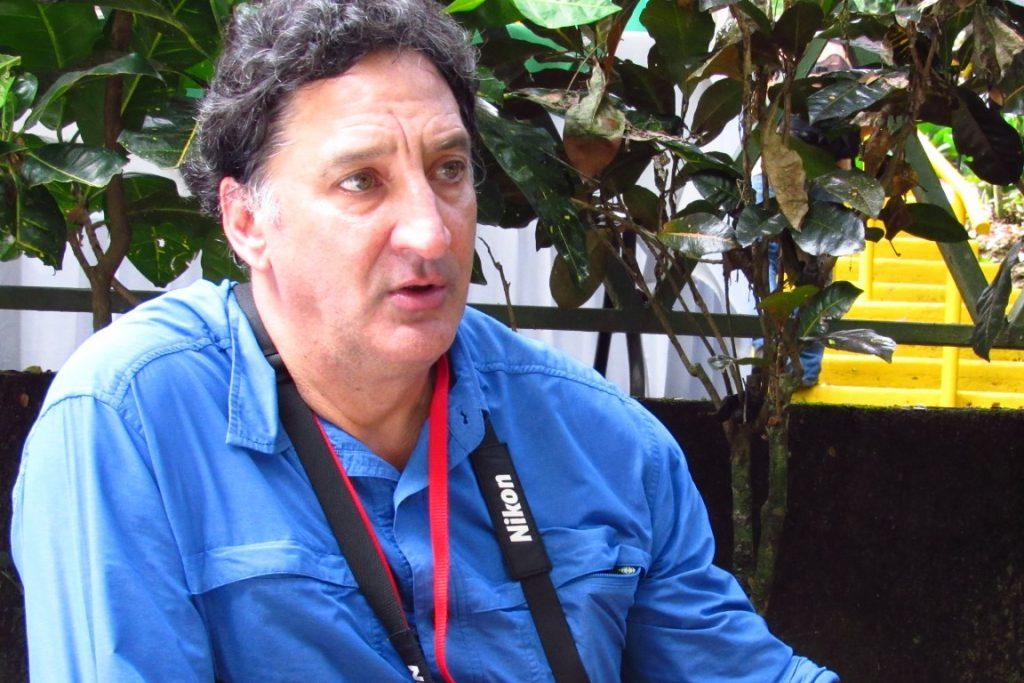 Rafael Gallo, presidente da Red Costarricense de Reservas Naturales. Por iniciativa própria, doou 200 hectares de sua reserva natural em um programa piloto para capturar carbono.  Foto: Fabíola Ortiz.