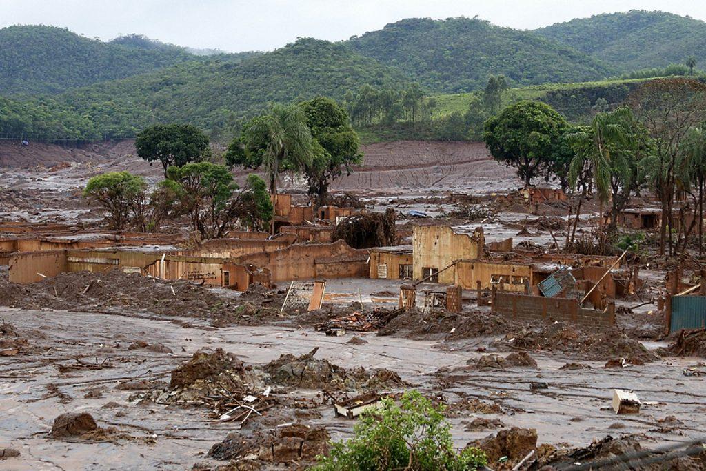 O Distrito de Bento Rodrigues, em Mariana, foi arrasado pela avalanche de rejeito de minério de ferro. Foto: Rogério Alves/TV Senado.