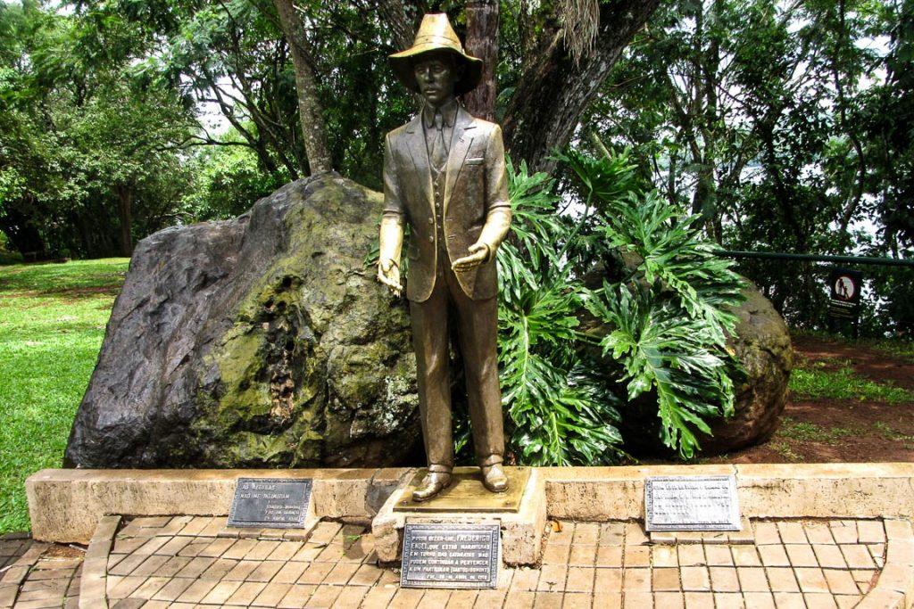 Monumento à Santos Dumont no Parque Nacional do Iguaçu. Foto: Juliano Almeida