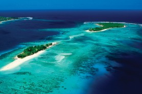Ilhas de Vanuatu, na Melanésia: perto demais do oceano. Foto: Air Vanuatu