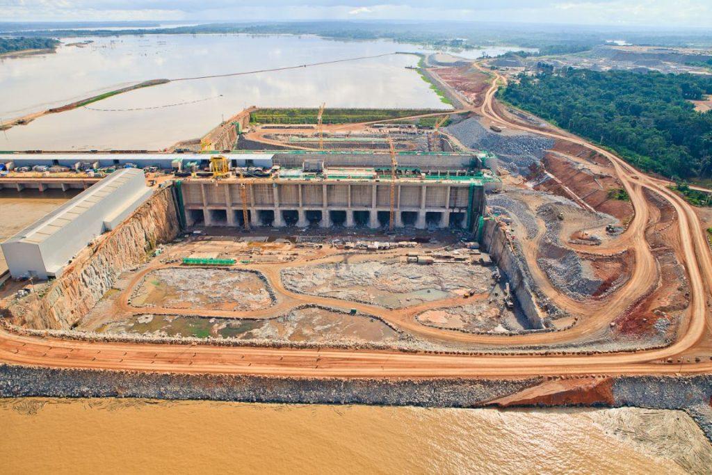 Obras da usina hidrelétrica de Santo Antônio no rio Madeira,em Rondônia. Arquivo: maio de 2013. Foto: PAC/Flickr.