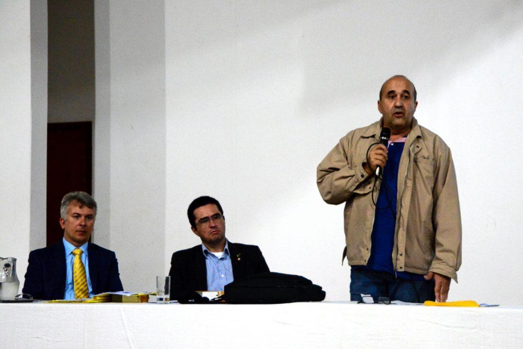 """Prefeito Leleco afirma querer o diálogo mas deixou claro que o decreto de criação das UCs está pronto e pode dar uma """"canetada"""" se não tiver o apoio dos fazendeiros."""
