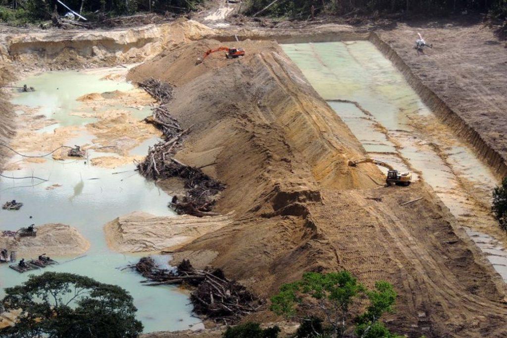 Garimpo ilegal na Floresta Nacional do Jamanxim. Foto: Badaró Ferrari/Ascom/Ibama.