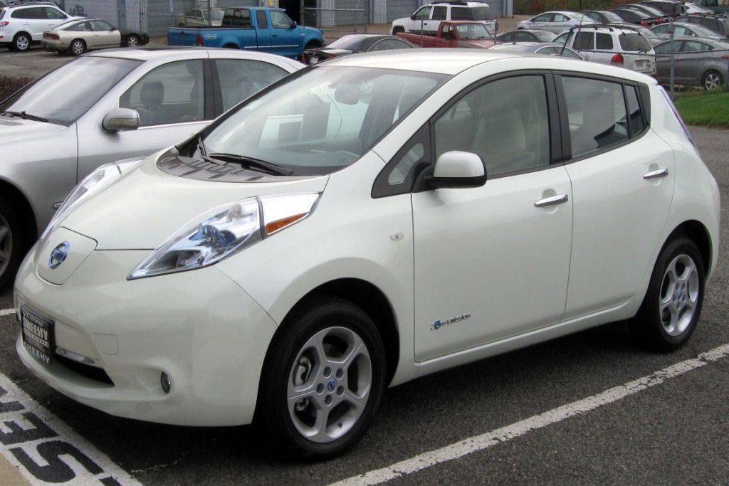 O Nissan Leaf, carro usado como modelo pela pesquisa. Foto: Wikipédia.