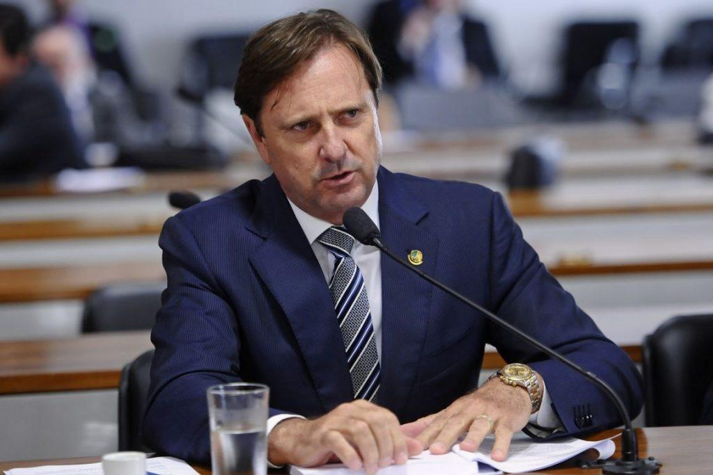 Proposta do senador Acir Gurgacz, a PEC 65 acaba com o licenciamento ambiental no país. Foto: Pedro França/Agência Senado.