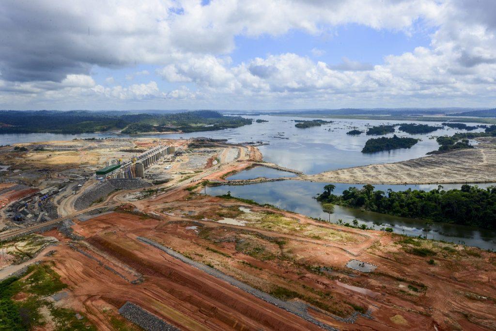 Vista aérea da obra da usina de Belo Monte. Foto tirada em junho de 2015. Crédito: Naiara Pontes/Secretaria-Geral da Presidência da República.