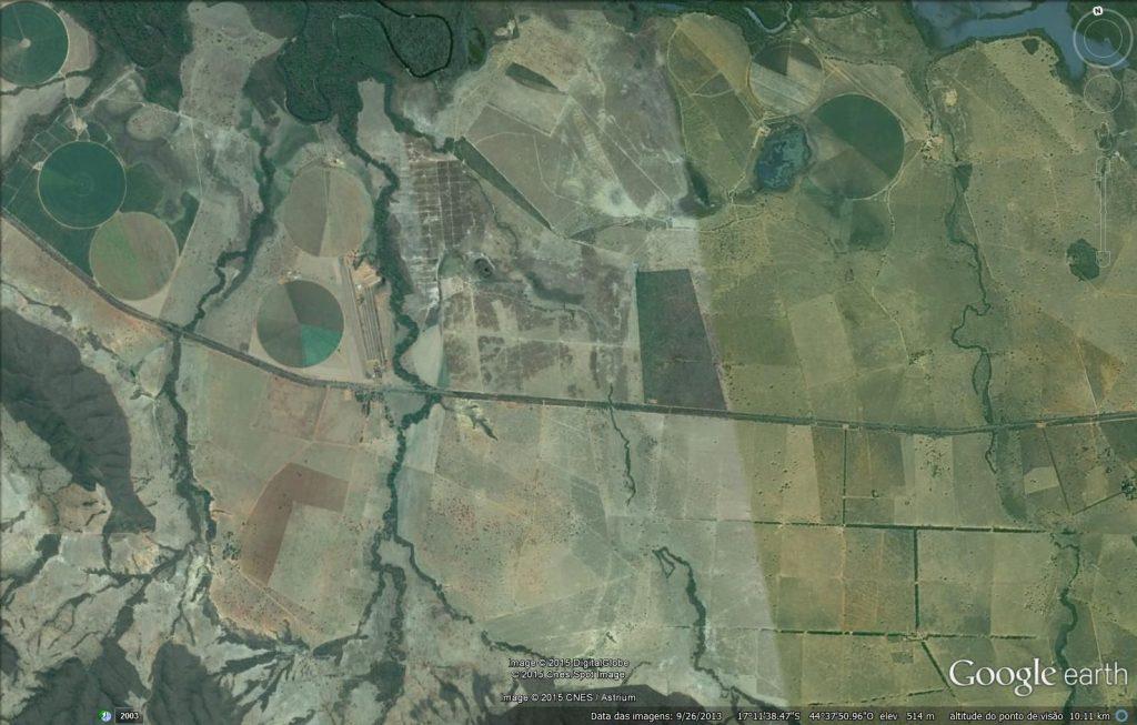 Região de Lassance, possível região do Os-Porcos, local onde Diadorim passou sua infância, praticamente reduzida a uma paisagem unicamente agrícola.