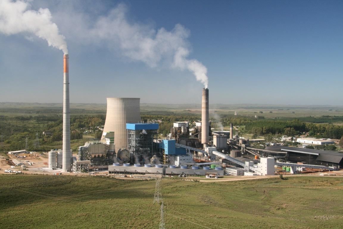 Ibama embarga usina a carvão de Candiota