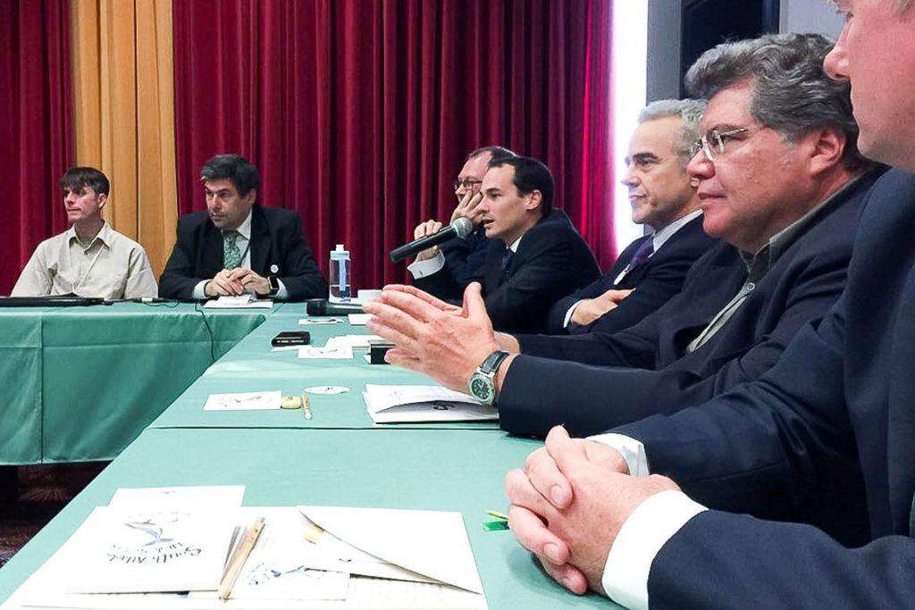 Ministro Sarney, durante plenária na CIB nesta segunda-feira (24). Foto: Divulgação.