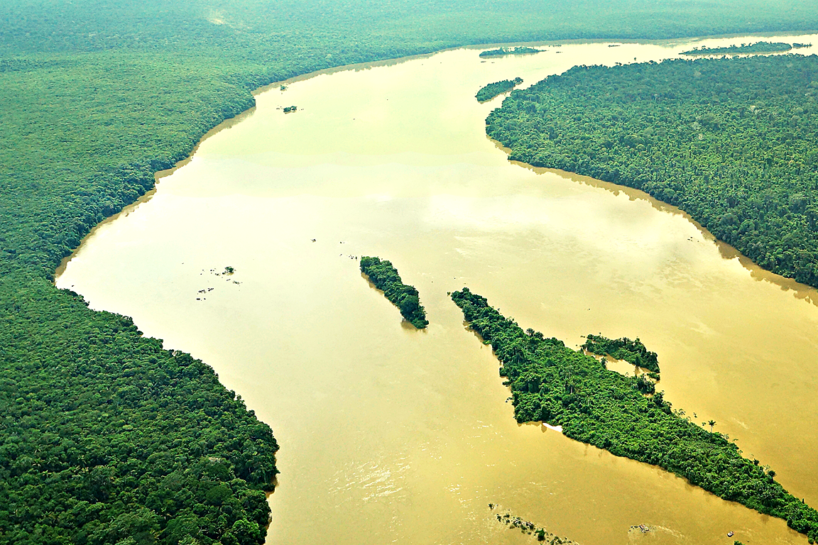 Ministério Público investiga vazamento de óleo no Rio Teles Pires. Foto: Christopher Borges/Flickr.