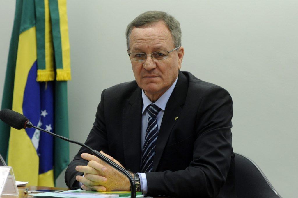 Proposta do deputado Valdir Colatto (PMDB-SC) regulamenta a caça no país. Foto: Luis Macedo/Câmara dos Deputados.