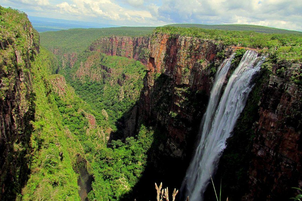 A exuberância da paisagem do Parque Estadual Serra de Ricardo Franco, que poderá deixar de ser área protegida. Foto: Renato Moreira/Wikiparques.