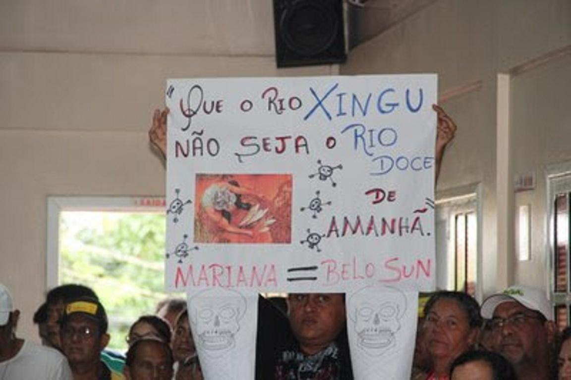Moradores da Volta Grande do Xingu protestam contra a mineradora. Foto: MPF/Pará.