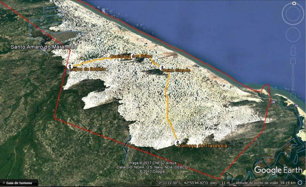 O caminho de 50km percorrido nos três dias de travessia. Em vermelho, os limites do parque.