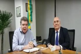 O ministro do Meio Ambiente, José Sarney Filho e o senador Flexa Ribeiro (PSDB-BA) anunciam o veto do governo à MP 756.