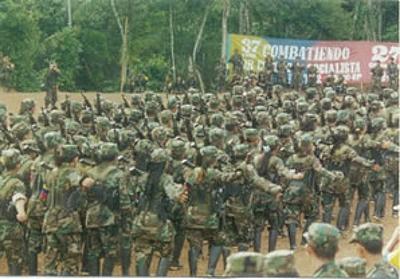 Guerrilheiros da FARC.Foto: DEA/Wikipédia.
