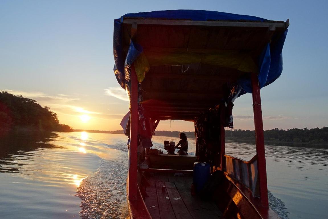 Barco de pesca de tambaqui. Foto: Daniel J. Tregidgo.