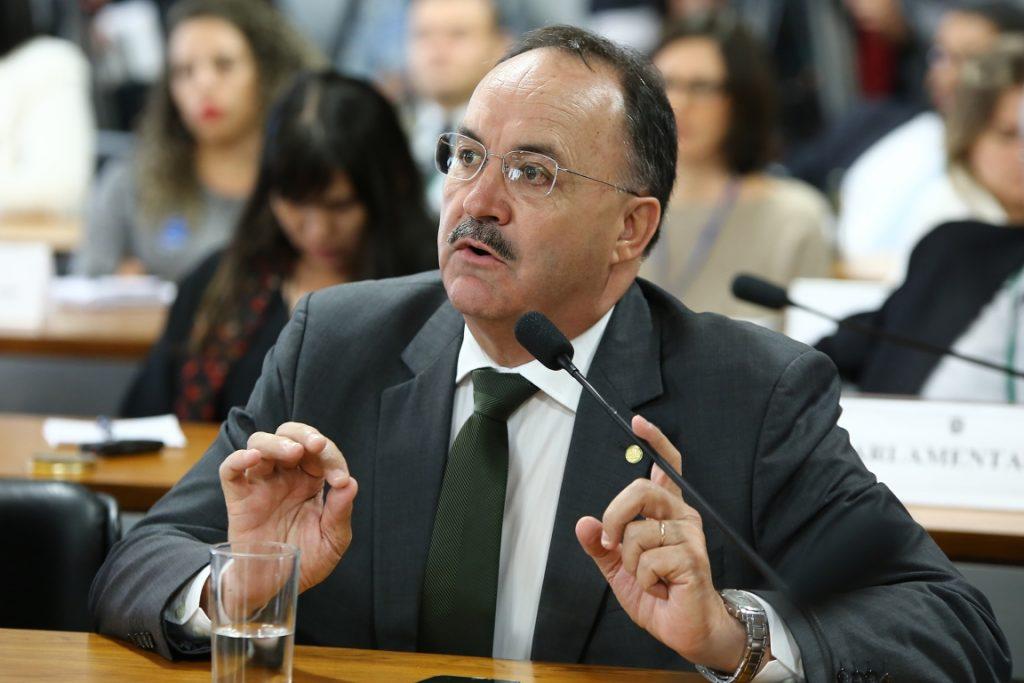 Deputado Mauro Pereira em sessão no Congresso. Foto: Gilmar Felix/Câmara dos Deputados.