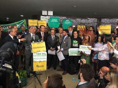 Protesto da Frente Parlamentar Ambientalista/ Foto: Observatório do Clima.