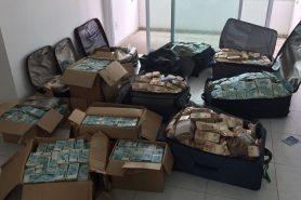 Dinheiro achado em apartamento que seria usado pelo ex-ministro Geddel. Foto: Polícia Federal.