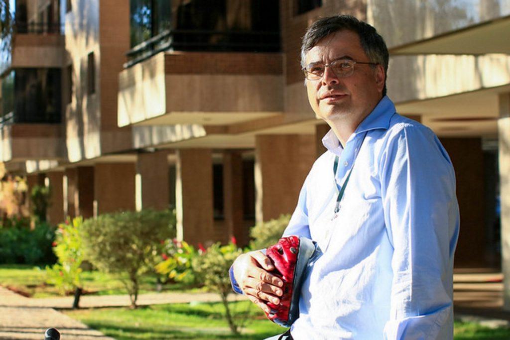 O ecólogo Carlos Alberto de Mattos Scaramuzza.