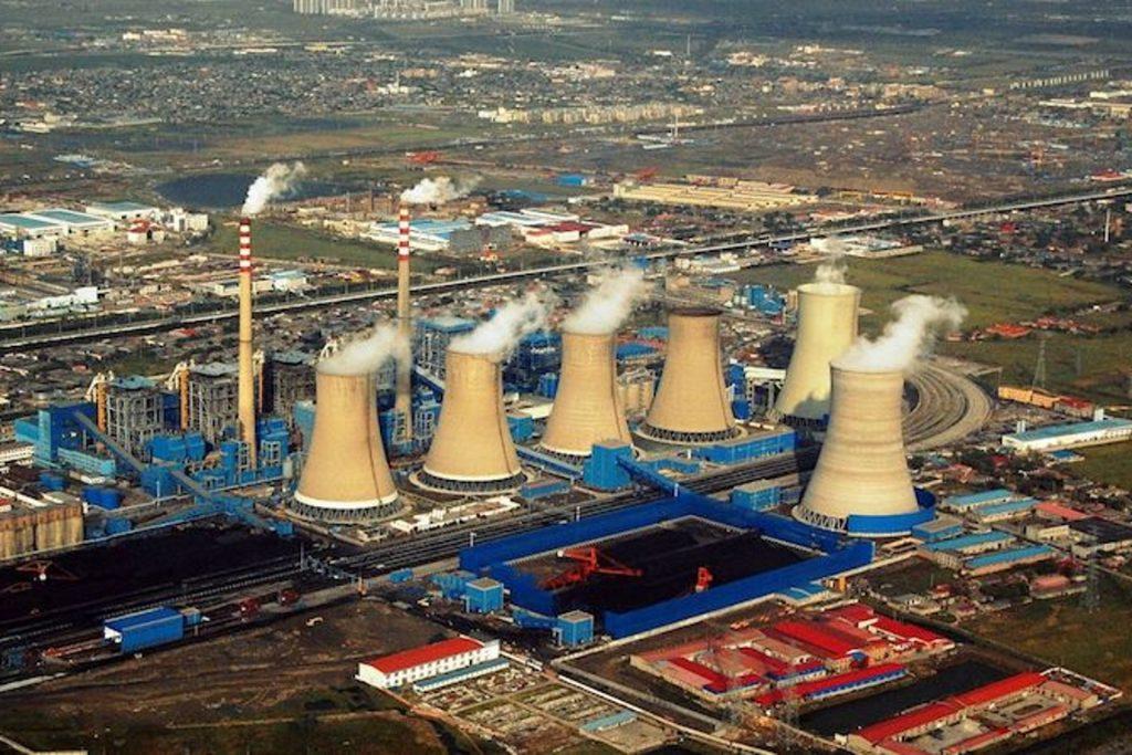 China precisa desativar de duas a três usinas de carvão por semana para manter-se dentro da meta estabelecida no Acordo de Paris. Mas as emissões devem subir este ano. Foto: Shubert Ciencia.
