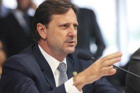 Proposta do senador Acir Gurgacz acaba com a suspensão ou cancelamento de obra pública já iniciada. Foto: Edilson Rodrigues/Agência Senado.