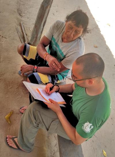 Entrevistas. Foto: Cesar Medolago.