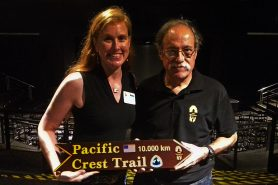 Jennifer Tripp, da Pacific Crest Trail Association, com Horacio Ragucci, coordenador do Movimento Trilha Transcarioca. Foto: Duda Menegassi