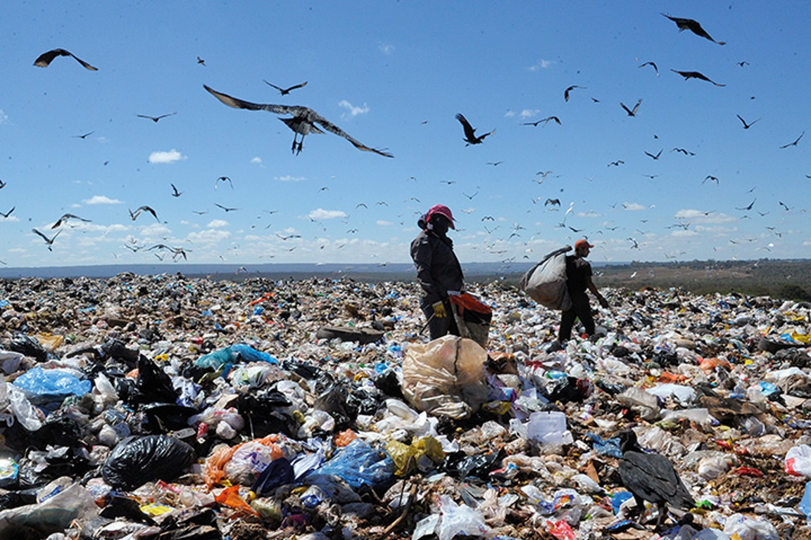 Maior lixão do país foi fechado depois de 60 anos de atividades