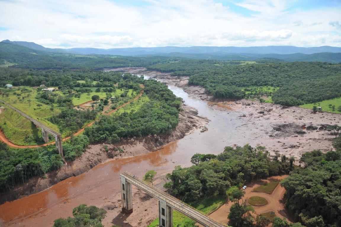 """""""No caso do minério de ferro, existiria a possibilidade de abrir mão de construir barragens"""", afirma Bruno Milanez"""
