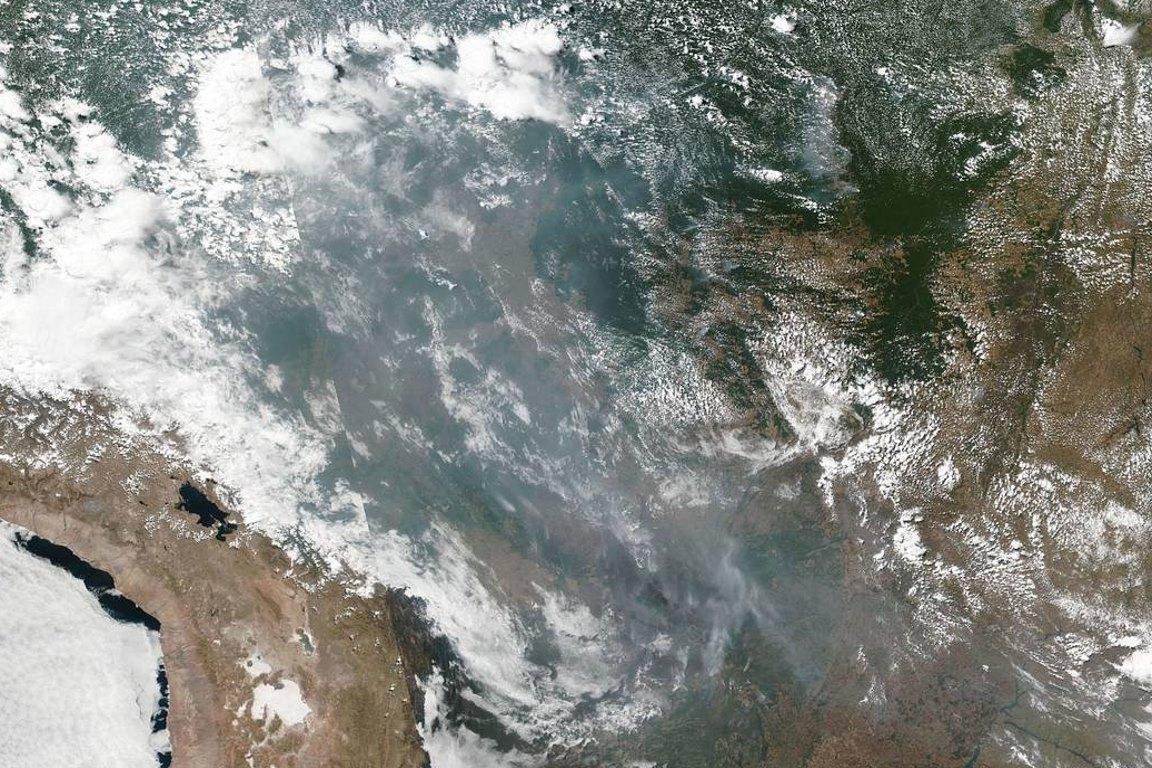 Pesquisadores descrevem fenômeno que escureceu SP e sua relação com as queimadas na Amazônia