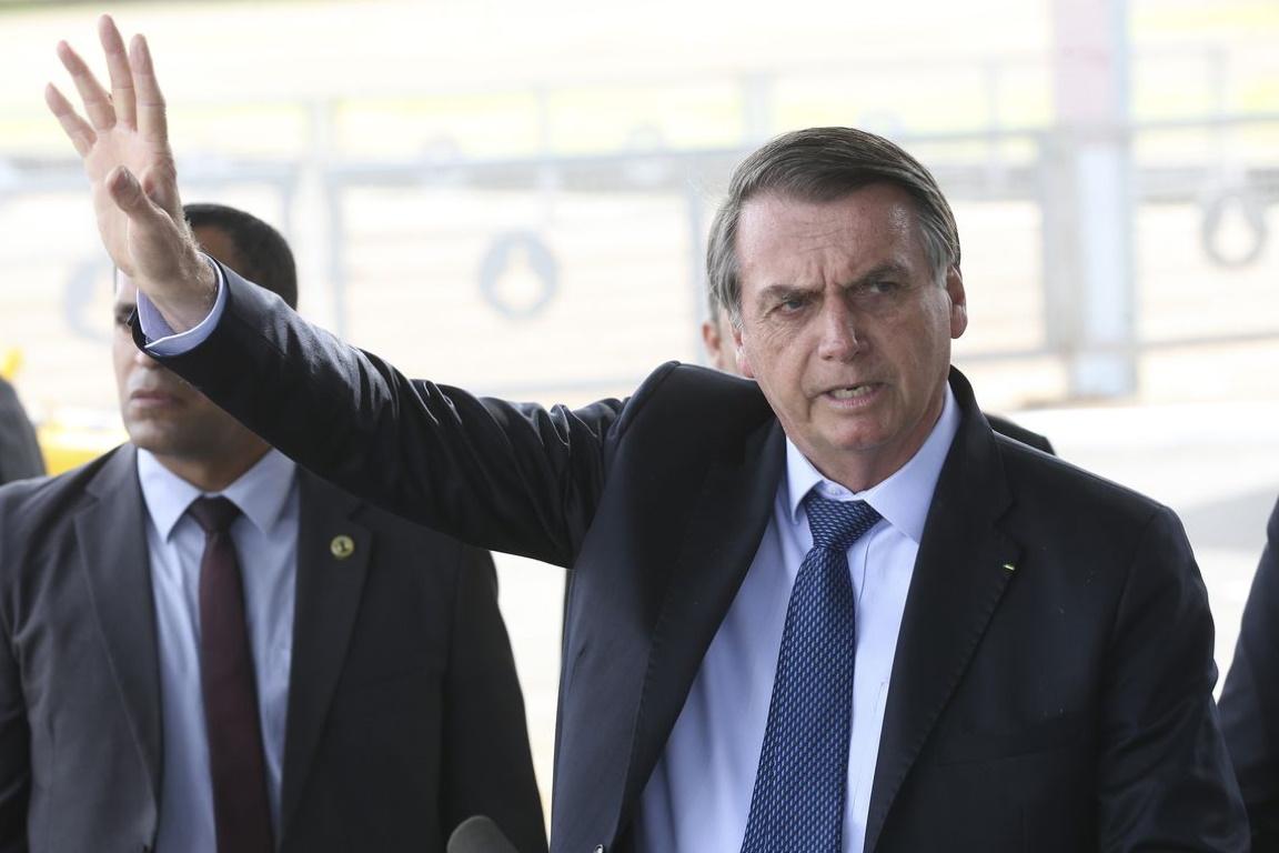 Bolsonaro afirma que irá para a ONU para falar sobre a Amazônia