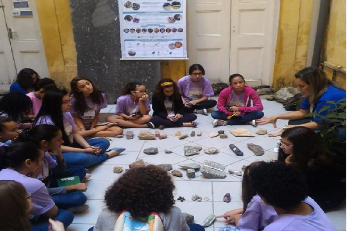 Meninas Com Ciência: 6ª edição abre inscrições em 20 de setembro