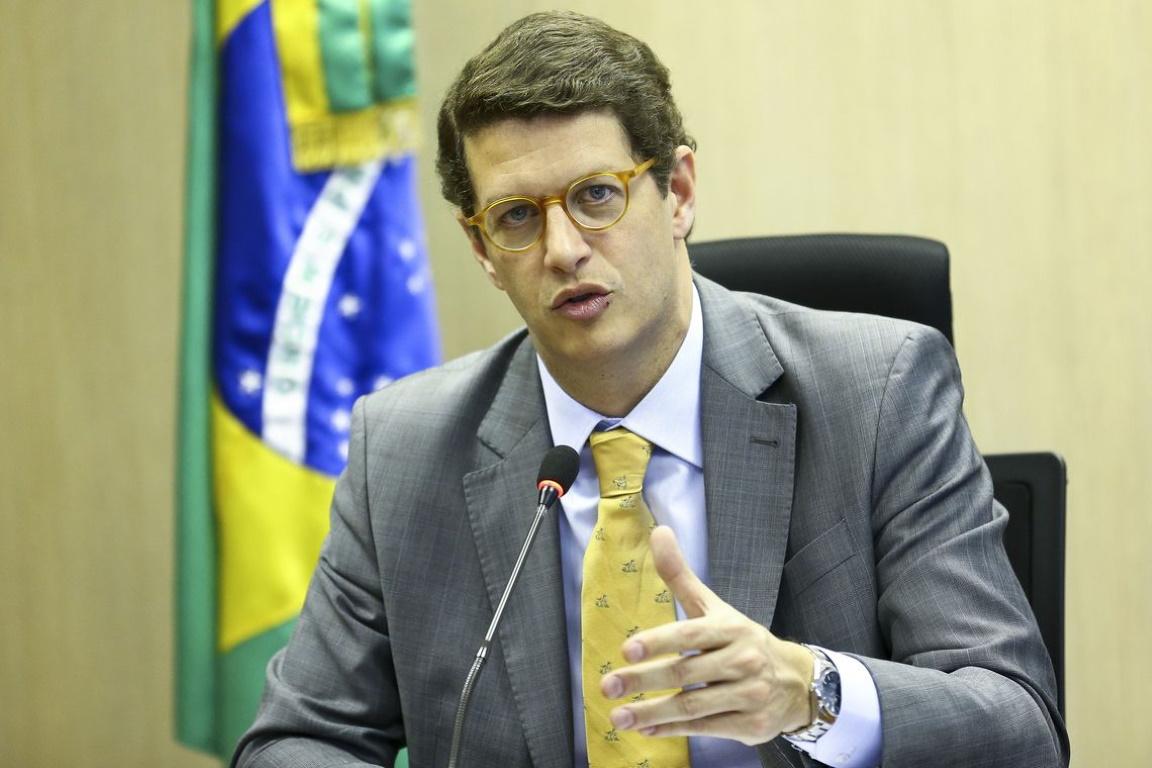 Ricardo Salles tem filiação suspensa pelo Partido Novo