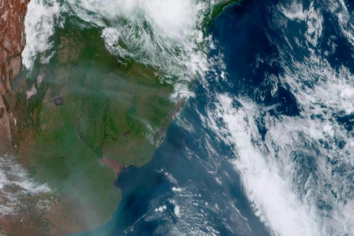 Fumaça de incêndios da Austrália chega ao Rio Grande do Sul