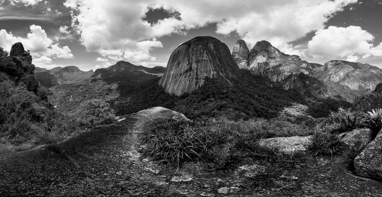 Texturas e imensidões do Parque de Três Picos