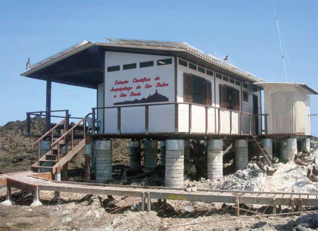 Posto avançado: estação de pesquisa no arquipélago