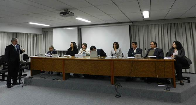 Juristas enviam carta à Dilma pelo veto total