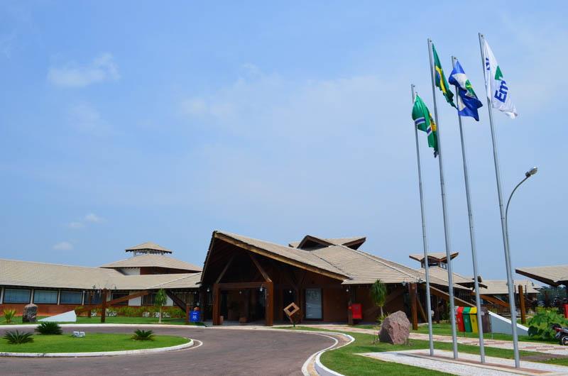 A estrutura valorizou a madeira confiscada em operações de fiscalização.