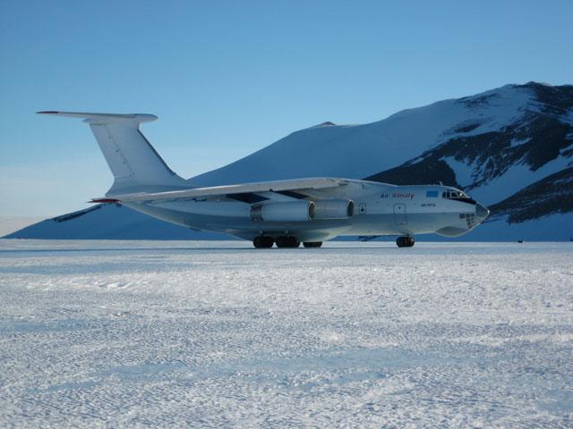 Expedição Criosfera instala módulo inédito na Antártica