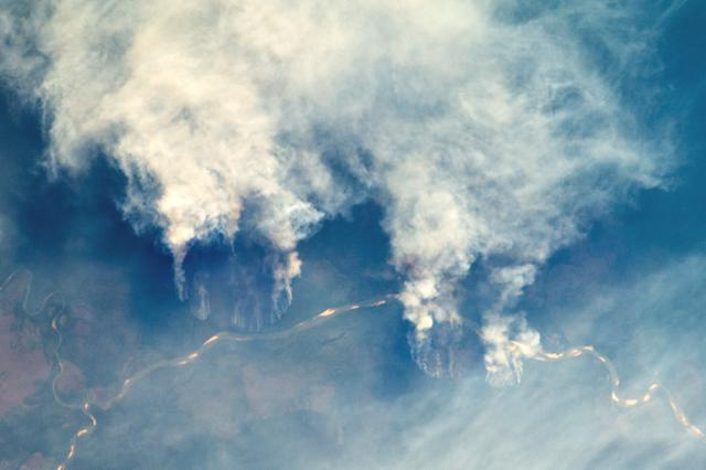 Astronautas mostram fogo no Xingu